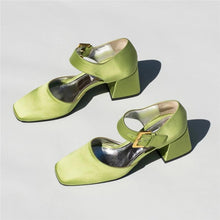 Load image into Gallery viewer, Versatile Back Sandals