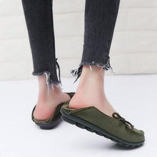 Load image into Gallery viewer, Women Flocking Flats Round Toe Style With Bownot Plus Sizes
