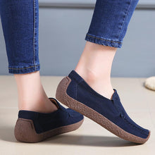 Load image into Gallery viewer, Women Faux Suede Non-slip Slip on Flat Shoes