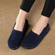 Load image into Gallery viewer, Women Faux Suede Slip-on Loafers Lazy Casual Platform Shake Shoes