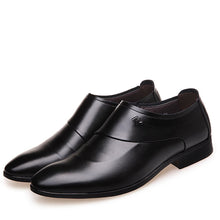 Load image into Gallery viewer, British business dress men's pointed leather shoes