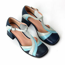 Load image into Gallery viewer, Closed Toe Adjustable Buckle Chunky Heel Sandals