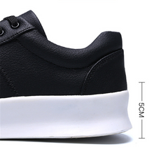Load image into Gallery viewer, Wild breathable college style casual shoes