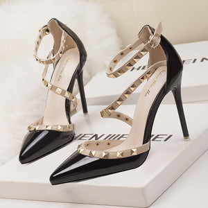 Simple Sexy Nightclub Stiletto Heels Shallow Mouth Pointed Rivet Hollow Shoes