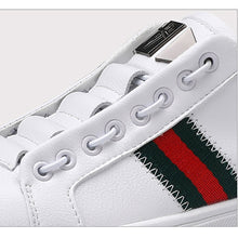 Load image into Gallery viewer, Men's fashion and leisure sports shoes