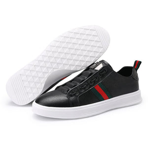 Men's fashion and leisure sports shoes
