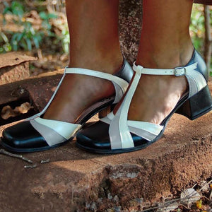 Closed Toe Adjustable Buckle Chunky Heel Sandals