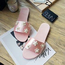 Load image into Gallery viewer, Fashion White Daisies Pearls Flat Sandals