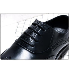 Load image into Gallery viewer, British Breathable Fashion Pointed Lace Men's Shoes