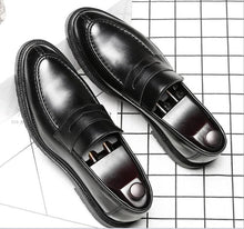 Load image into Gallery viewer, British retro platform with a pedal round head casual shoes