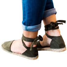 Load image into Gallery viewer, Staw-woven Flat Lace-up Women Plus Size Sandals