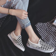 Load image into Gallery viewer, Women Flats Checkerboard Plaid Canvas Round Toe Couple Fashionable Casual Shoes Slip-on
