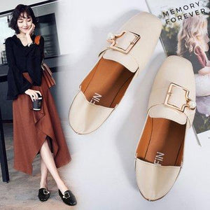 Women Square Toe Buckles Pearl Slip-On Shoes Fashionable Flat Loafers