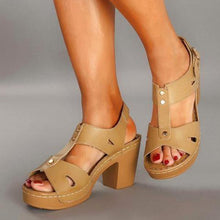 Load image into Gallery viewer, Women Casual Chunky Heel Buckled Sandals