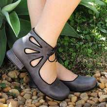Load image into Gallery viewer, Women Hollow-Out Lace-Up Flat Closed Toe Sandals