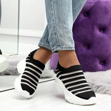 Load image into Gallery viewer, Women Low Heel Mesh Round Toe Fashion Sneakers