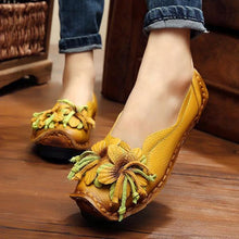 Load image into Gallery viewer, Women Summer Artificial Leather Handmade Flower Loafers Soft Flat Casual Shoes