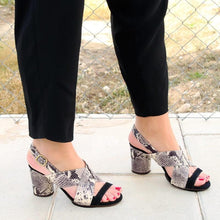 Load image into Gallery viewer, Women Snake Skin Chunky Heel Sandals
