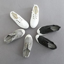 Load image into Gallery viewer, Women Retro Slip on Casual Canvas Burr Non-slip Shoes Without Laces