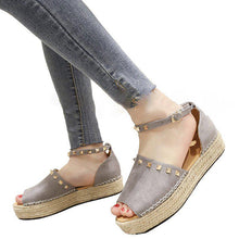 Load image into Gallery viewer, Women Creeper Sandals Casual Adjustable Buckle Shoes