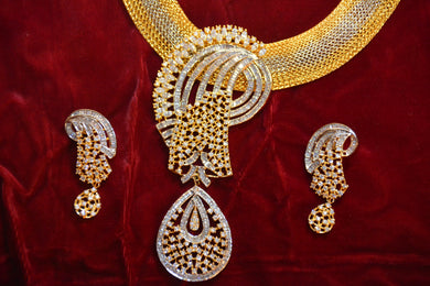 Necklace & Earrings Set: Wedding Collection
