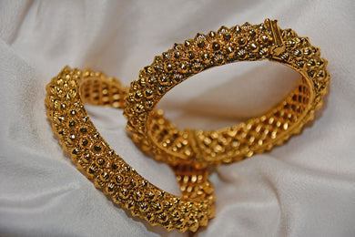 Bangles: Solid Gold Collection