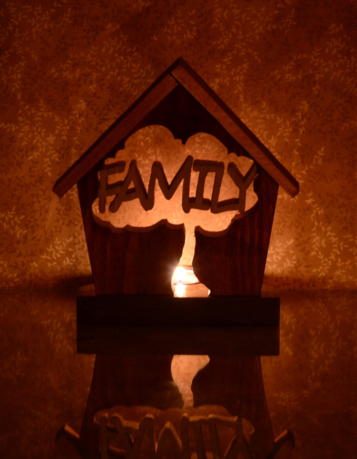 Family Tree Tealight Candle Holder Cottage - Personalized Home Décor Gift