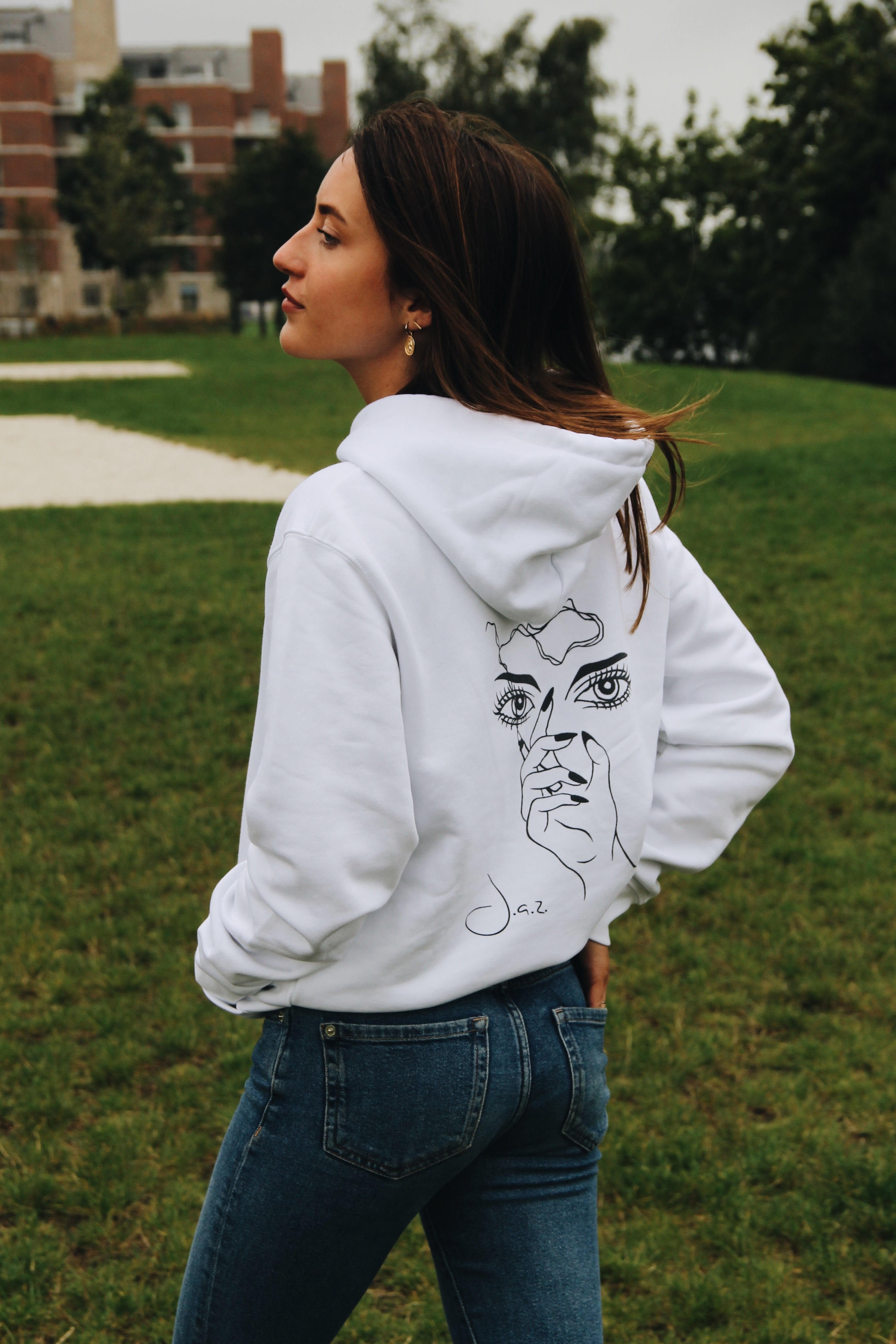 JNGL Clothing - Masterpiece of Art hoodie // White - Back (On Model)