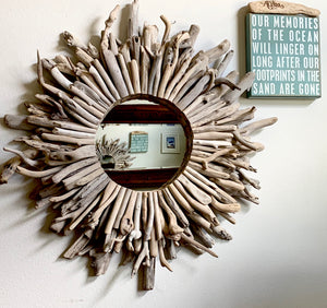 Whitewashed Driftwood Mirrored Wreath (30 inch)