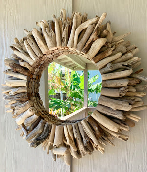 Mirrored Driftwood Wreath (25 inches)