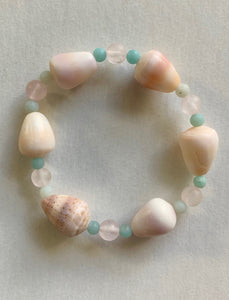 Hawaiian Cone Shell Stretch Bracelet