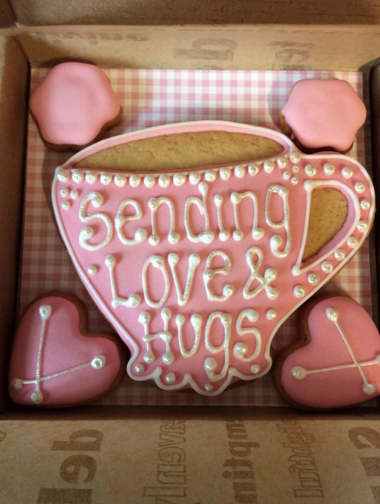 Love and Hugs Teacup Cookies