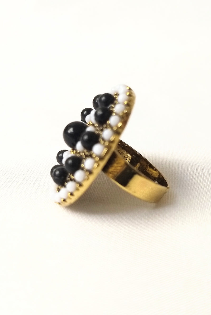 Black & White Beautiful Ring For Young Women