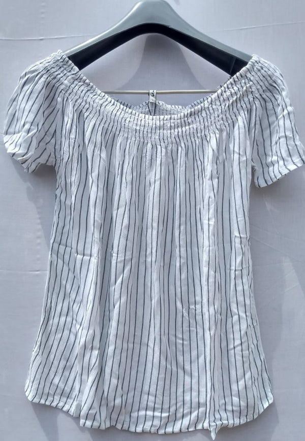 White Top With Vertical Black Stripe - RMFT000100001TWBS