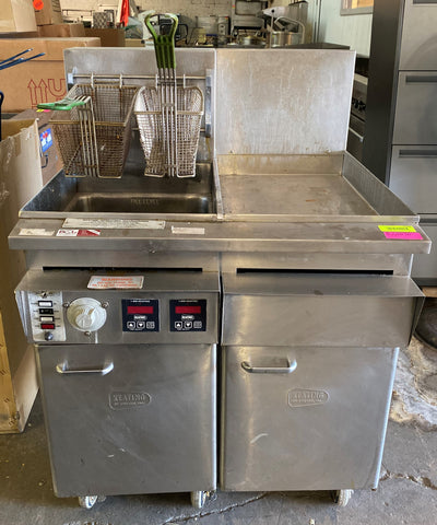 Keating 14TS - Full Pot Floor Model Gas Fryer, 38 lb.