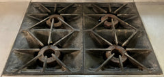 Southbend P32C-XX - Heavy Duty Natural Gas Range - 4 Burners w/ Cabinet Base and Worktop Space