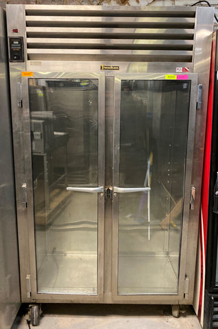 "Traulsen UR48WT-A 52"" Two Section Reach In Refrigerator - 115v"