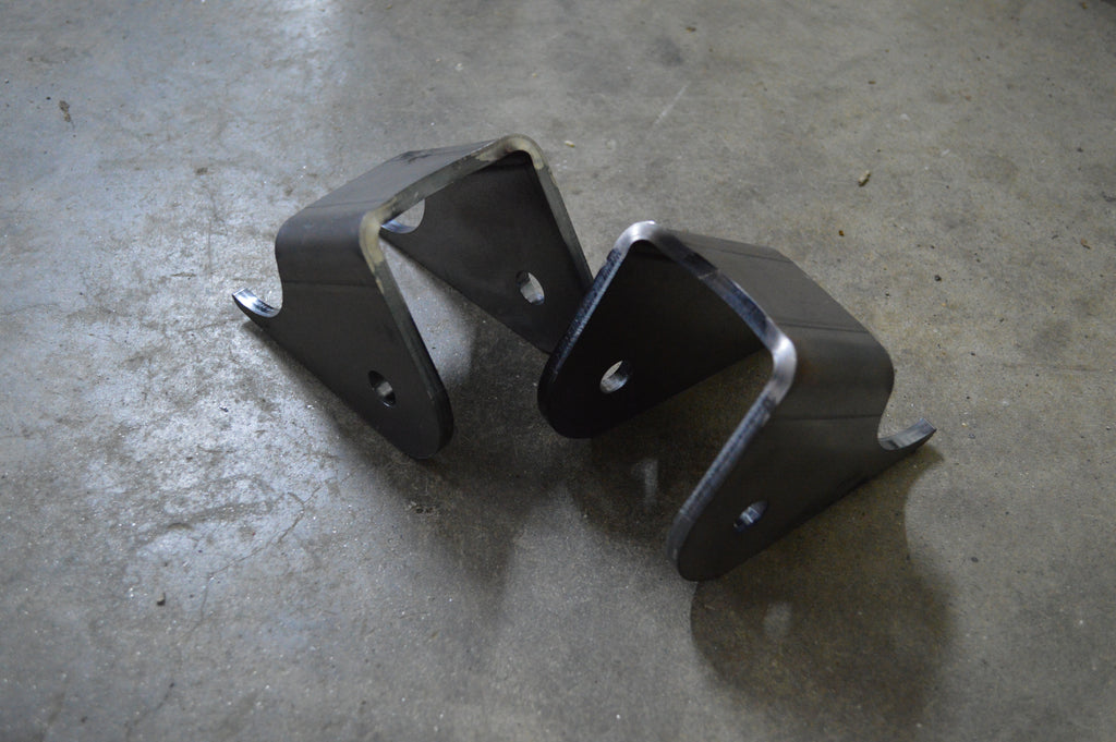 D30 Lower Control Arm Brackets