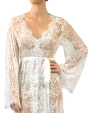 Load image into Gallery viewer, Long Lace Kimono