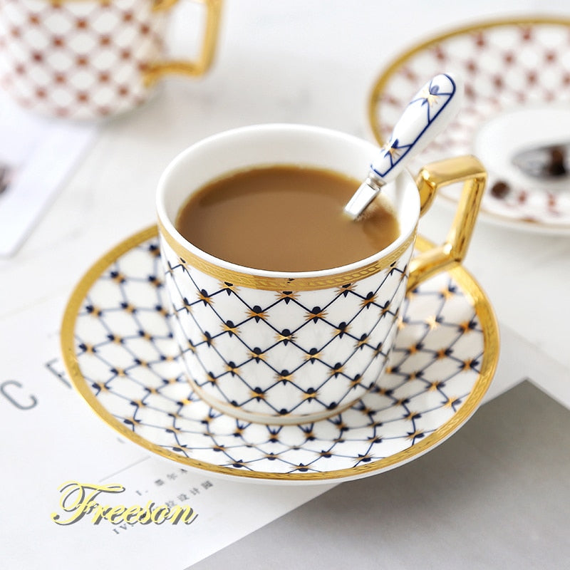 Bone China Coffee Cup Saucer Spoon Set 200ml Nordic Tea Cup Golden Porcelain Tea Set Advanced