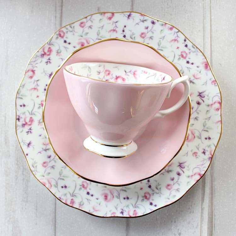 English afternoon tea bone china tea set ceramic coffee cup and saucer upscale dessert tray Parure