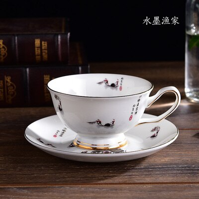 European Beautiful Fashion Bone China Coffee Cup and Saucer Set White Porcelain Teacup Creative