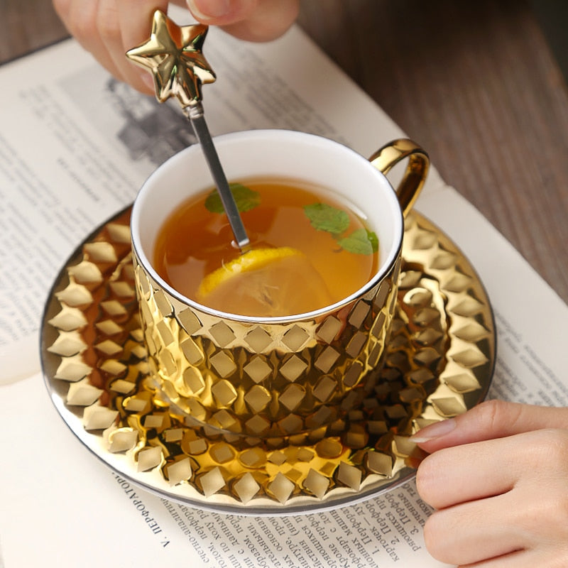 Luxury Court Style Gold Coffee Mug With Tray Spoon Tasse Tazas Scented Tea  Ceramic Cup Cafe
