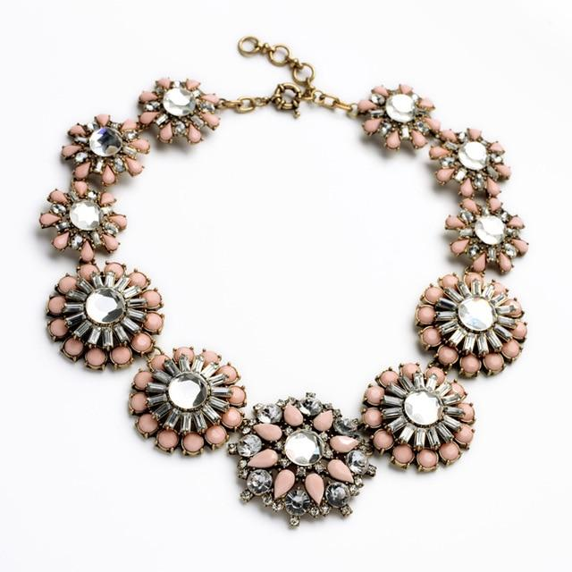 Sweet Floral Statement Necklace Luxoba