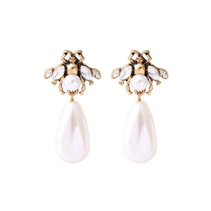 Pearl Tear Drop Bee Earring Luxoba