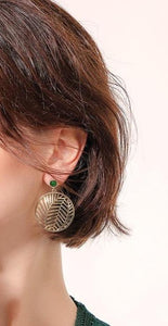 Leaf Motif Filigree Round Earrings Luxoba