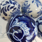 Blue & White 6 Decorator Balls
