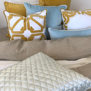 vaucluse sky blue cushion display