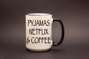 Pyjamas Netflix & Coffee