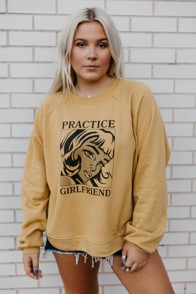 PRACTICE GIRLFRIEND CROP TOP SWEATSHIRT